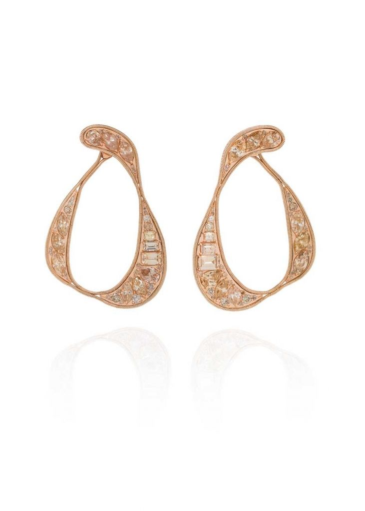 Fernando-Jorge_Stream-Champagne-Diamonds-Earrings.jpg