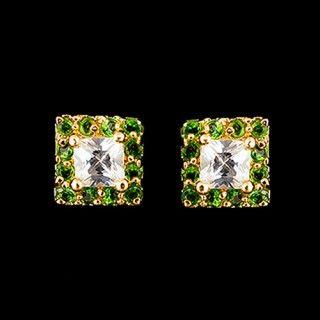 Элегантные серьги с зелеными фианитами